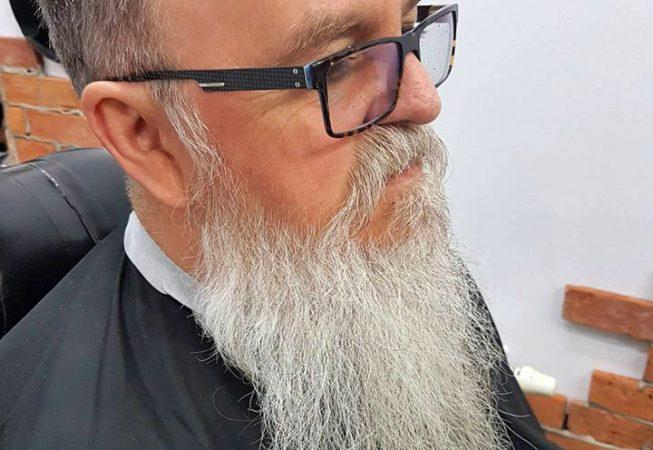 BarberShop Bydgoszcz - przed strzyżeniem brody