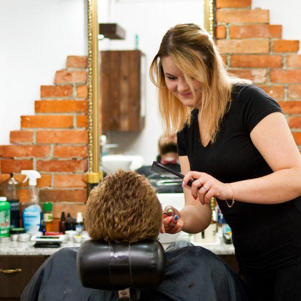 Barber Shop Bydgoszcz - usługi barberskie - tel. +48 516-477-487